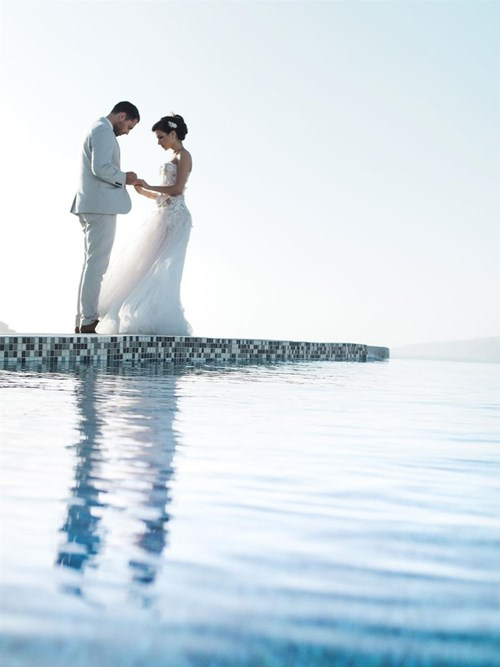 Image 10 of Intimate Wedding in Santorini